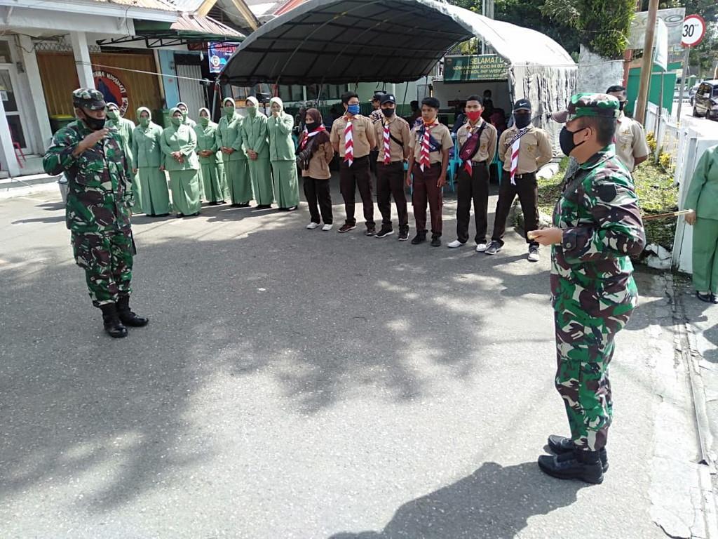 Dandim 0307 Td Silaturahmi Ke Koramil 01 Padang Panjang Mentreng Com